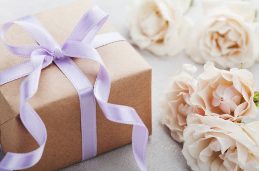 gifts for brides groomsman